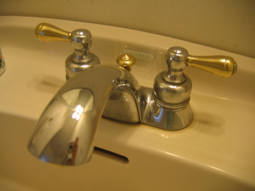 Delta Bathroom Faucet Chrome And Brass Silver And Gold